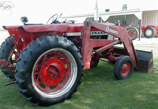 International 656 Tractor With Loader : Farmall gas tractor with loader for sale
