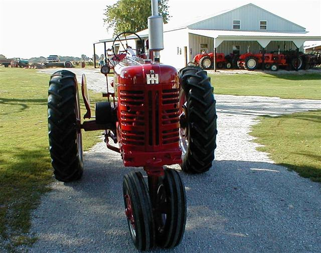 Used Tractors For Sale >> Restored Farmall 400 Tractor with factor power steering for sale