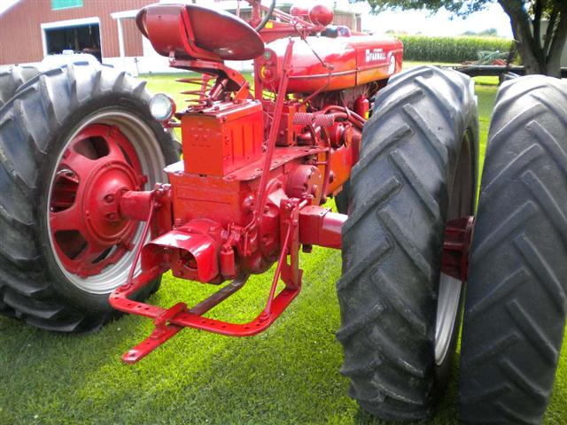 Dual Ih Tractors On Wheels : Restored farmall super mta tractor with dual wheels for sale